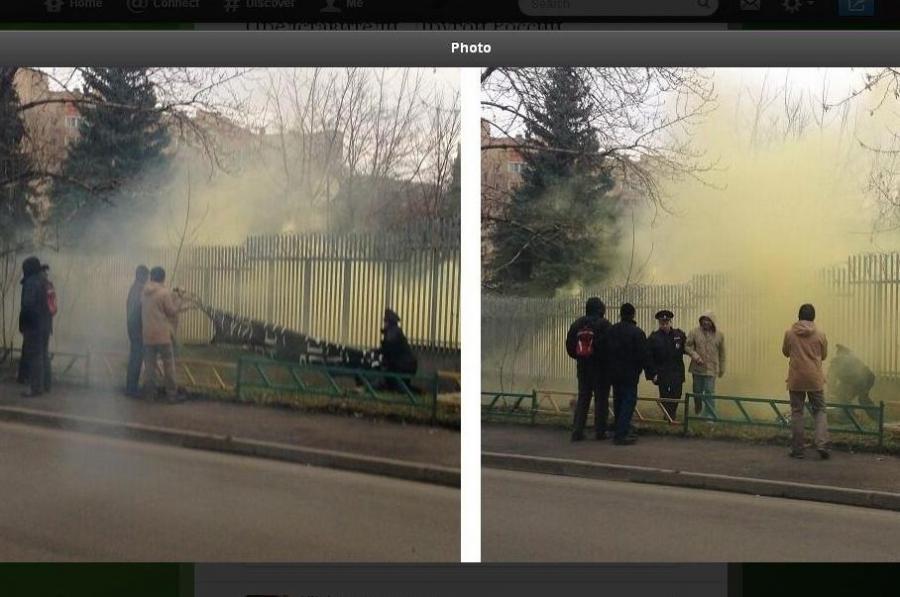 Polska ambasada w Moskwie obrzucona racami, źródło: Russia Today via Twitter