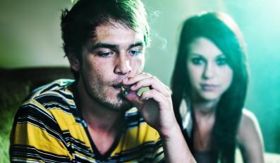 marihuana haszysz ganja skręt joint narkotyki trawka