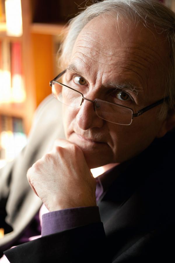 Prof. Janusz Czapiński