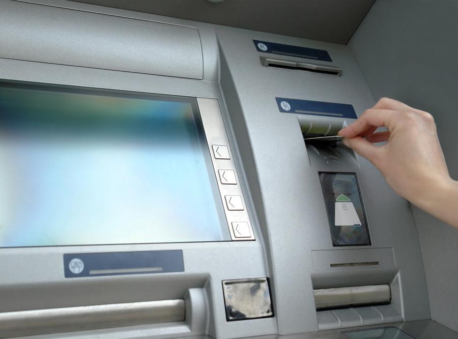 Posłowie chcą, by banki odpowiedziały za awarie systemów elektronicznych