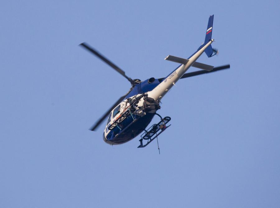 Policyjny helikopter nad Moskwą
