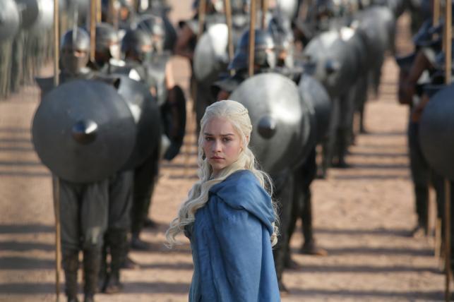 """Emilia Clarke w serialu """"Gra o tron"""""""