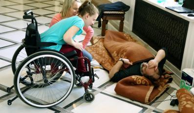Protest rodziów niepełnosprawnych dzieci w Sejmie