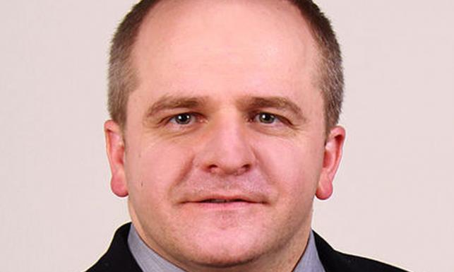 """Polityk Polski Razem i były wiceminister spraw zagranicznych przekonuje że """"politycy w Warszawie zachowują się tak, jakby od Ukrainy oddzielała nas jakaś ... - 6185488-europosel-pawel-kowal-643-385"""