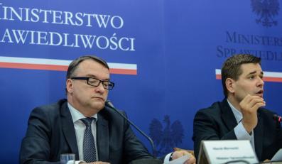 Marek Biernacki i Michał Królikowski na konferencji prasowej