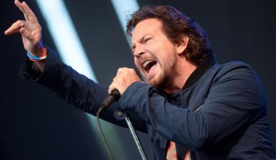 Eddie Vedder podczas koncertu Pearl Jam w Berlinie