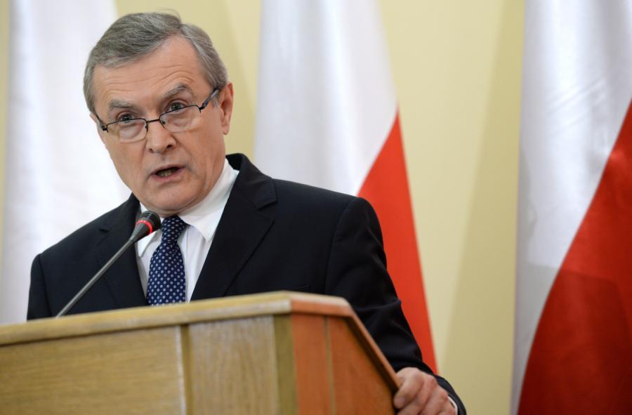 Kandydat PiS na premiera prof. Piotr Gliński przedstawia swój program podczas otwartego posiedzenia klubu Prawa i Sprawiedliwości zwołanego w przerwie obrad Sejmu
