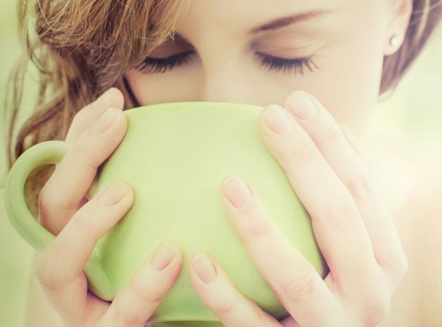 Efekt działania kofeiny może zostać zredukowany poprzez dodanie mleka do kawy