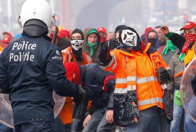Starcia w Brukseli podczas protestu przeciwko oszczędnościom