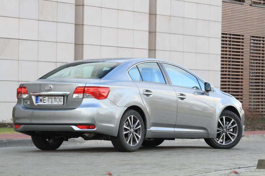 Toyota avensis - zdjęcie poglądowe