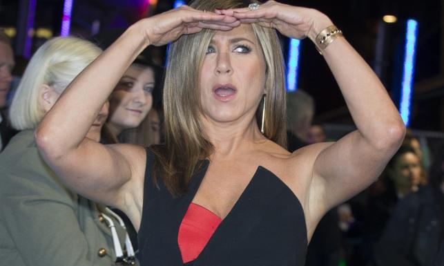 Jennifer Aniston w ciąży czy z botoksem – zawsze w dobrym humorze [ZDJĘCIA]