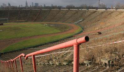 Budowniczy wykopali bombę na Stadionie Dziesięciolecia