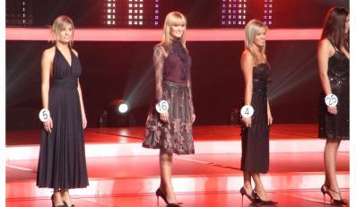 Agnieszka Popielewicz (z numerem 5) podczas wyborów Miss Polski 2005