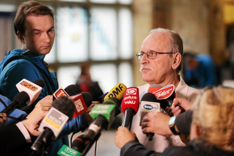 Profesor Janusz Skalski z Uniwersyteckiego Szpitala Dziecięcego w Krakowie
