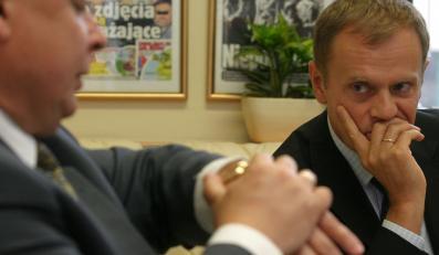 Donald Tusk testuje... Lecha Kaczyńskiego