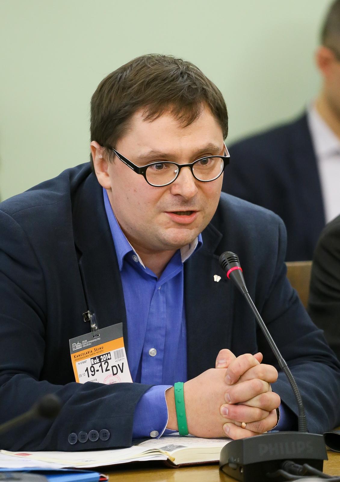 Redaktor Naczelny Telewizji Republika Tomasz Terlikowski, podczas posiedzenia Sejmowej Komisji Kultury i Środków Przekazu