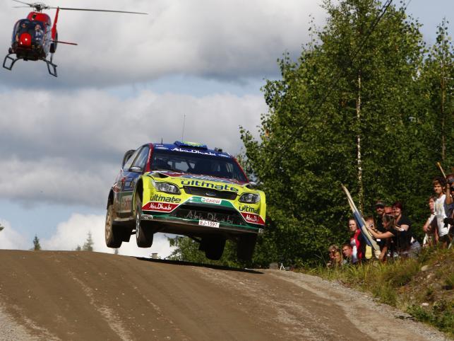 Fin Mikko Hirvonen, kierowca Forda, wygrał Rajd Finlandii, dziewiątą eliminację mistrzostw świata i umocnił się na prowadzeniu w klasyfikacji MŚ