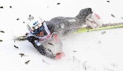 Tragiczny upadek Andersa Bardala na skoczni w Wiśle Malince
