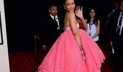 Im dziwniej tym głośniej? Gwiazdy na Grammy: Rihanna