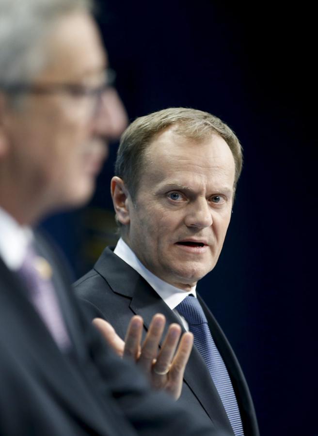 Przewodniczący Rady Europejskiej Donald Tusk i szef Komisji Europejskiej Jean-Claude Juncker