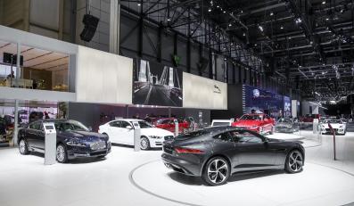 Stoisko Jaguara w Genewie