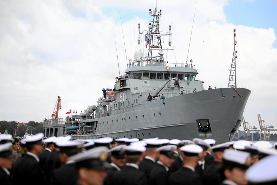 Okręt dowodzenia ORP Kontradmirał Xawery Czernicki w 2011 roku po powrocie z półtorarocznej misji w ramach NATO na Morzu Śródziemnym
