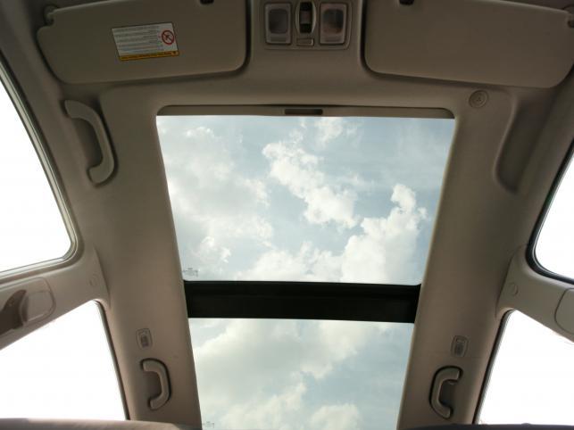 Szklany dach rozjaśni wnętrze