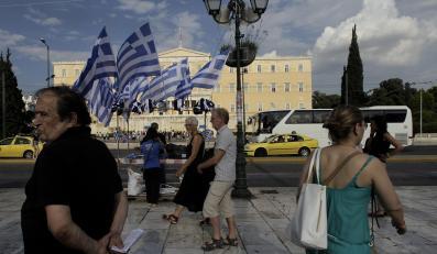 1. Grecja bankrutuje, ale nie wychodzi ze strefy euro