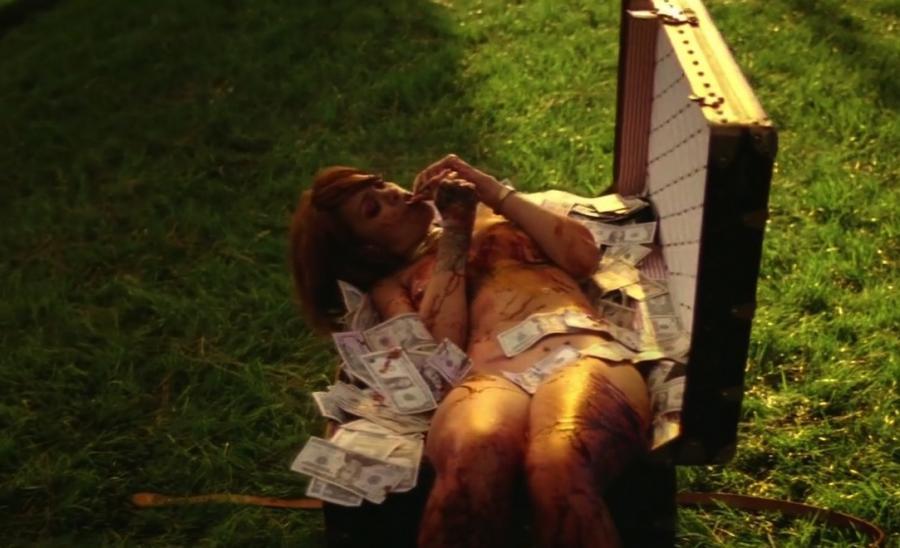 Rihanna szokuje w nowym klipie do \