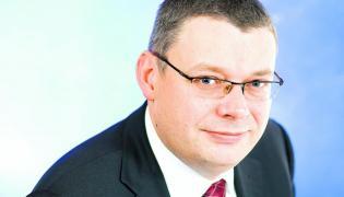 Piasecki: PLL LOT powinny zmienić właściciela.