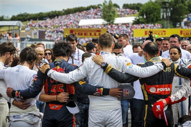 Kierowcy Formuły 1 minutą ciszy uczcili pamięć Julesa Bianchiego