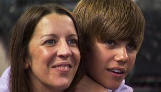 Justin Bieber napisał piosenkę dla mamy