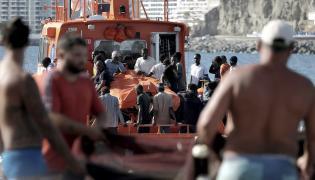Służby morskie z Wysp Kanaryjskich uratowały wczoraj 32 imigrantów