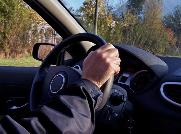 Prawo jazdy z USA, pocztą i bez stresu