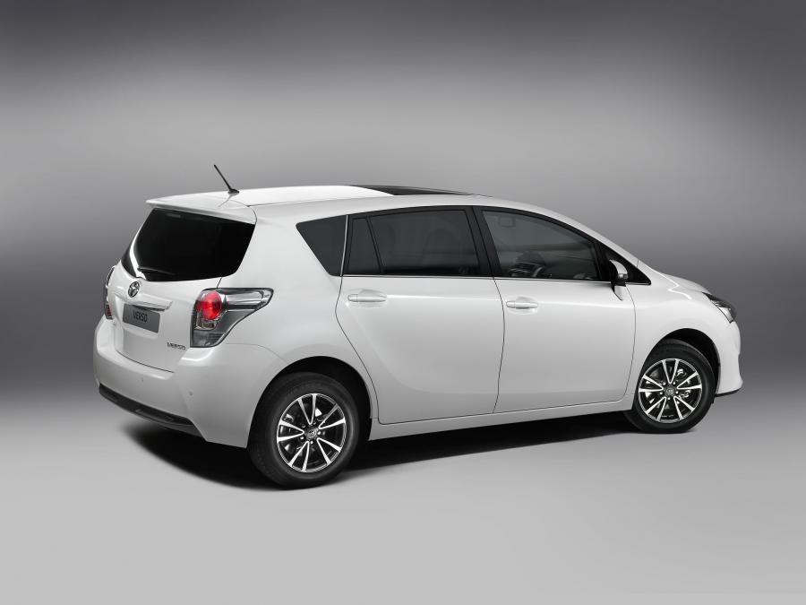 Toyota verso - zdjęcie poglądowe