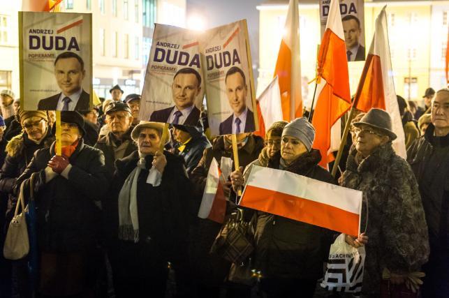 Manifestacja poparcia dla prezydenta Andrzeja Dudy