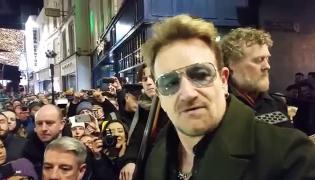 Bono, Glen Hansard i Hozier dali koncert na ulicy Dublina