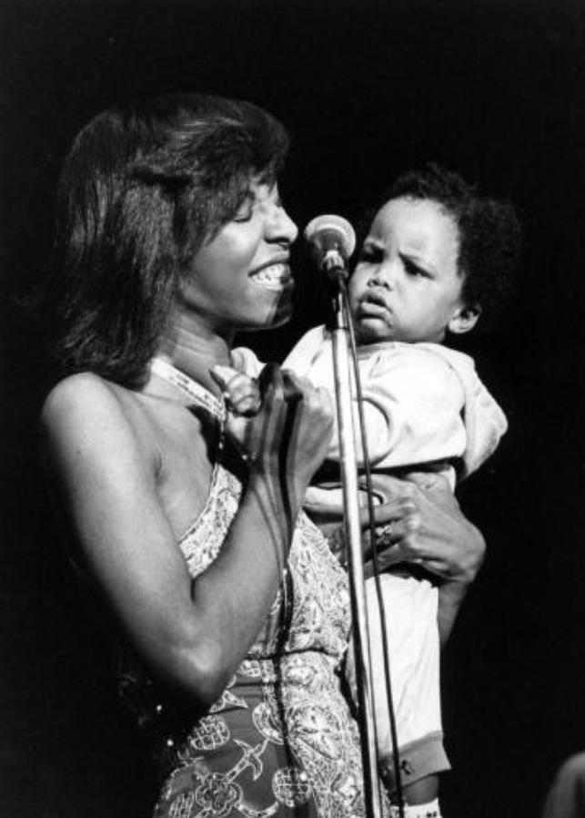 Natalie Cole z synkiem