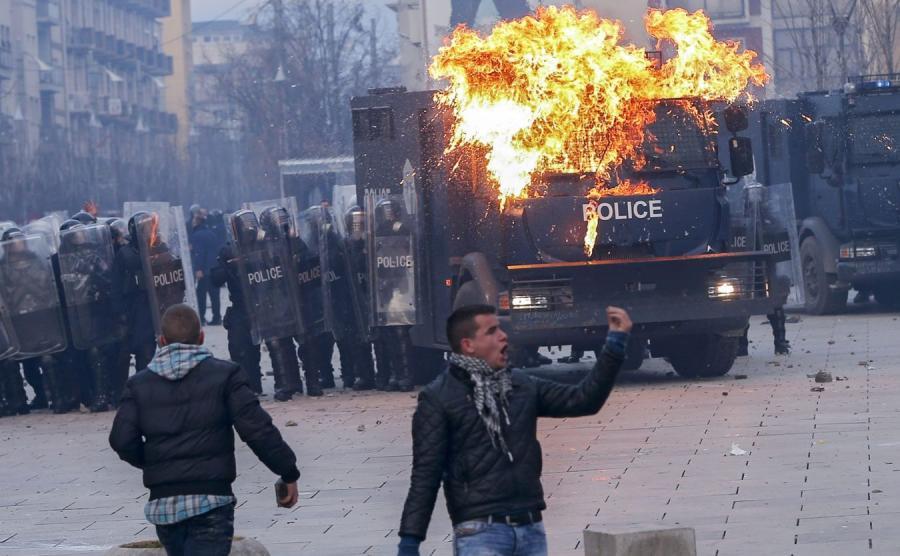 Zamieszki w Prisztinie