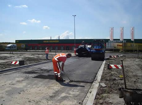 Holendrzy zbudują kartonowy obóz pracy dla Polaków?