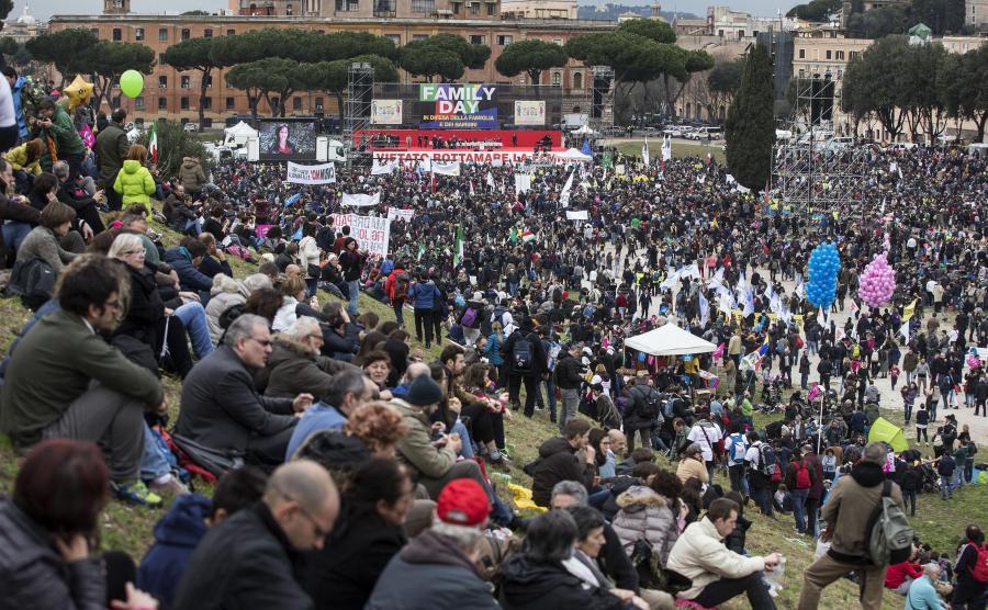 Protesty przeciwników związków partnerskich