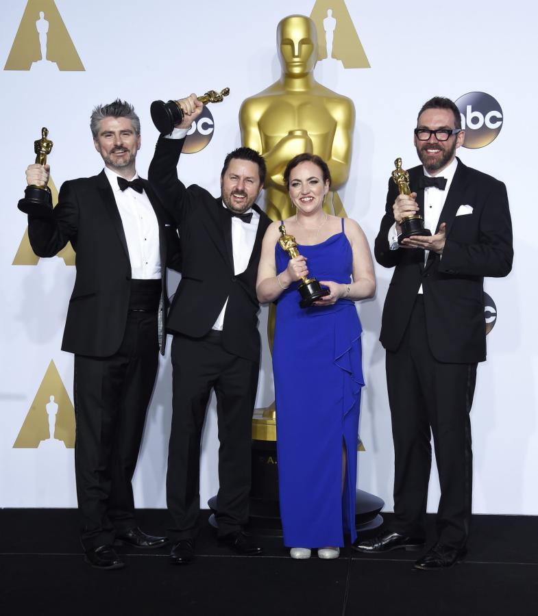 """Oscary 2016 – najlepsze efekty specjalne: """"Ex Machina"""", Andrew Whitehurst, Paul Norris, Mark Williams Ardington, Sara Bennett"""