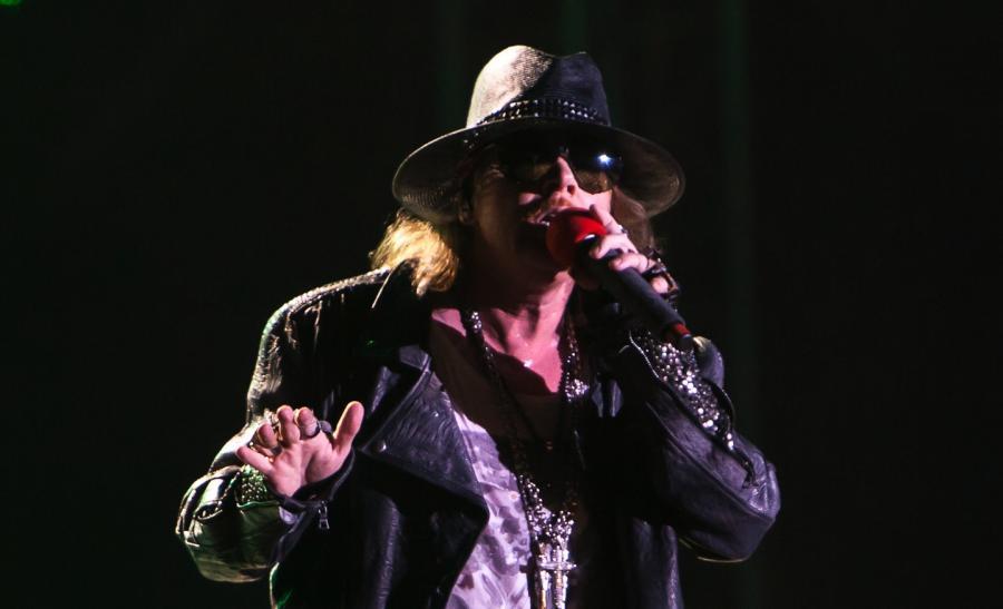 Axl Rose został nowym głosem AC/DC