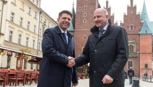Lider Nowoczesnej Ryszard Petru i prezydent Wrocławia Rafał Dutkiewicz