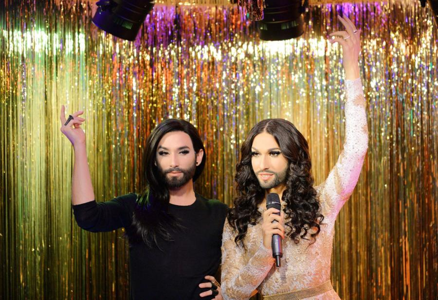 Conchita Wurst prawdziwa czy z wosku? Która wam się bardziej podoba?