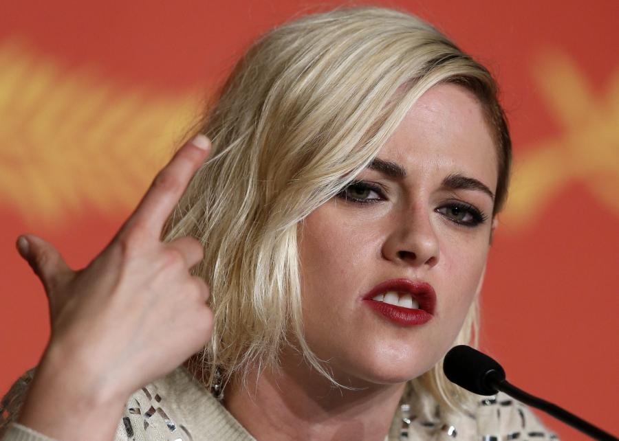 Kristen Stewart poczas konferencji prasowej po pokazie \