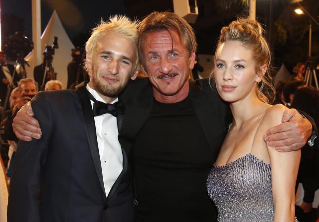 Piękna córka, przystojny syn... Sean Penn pochwalił się dziećmi