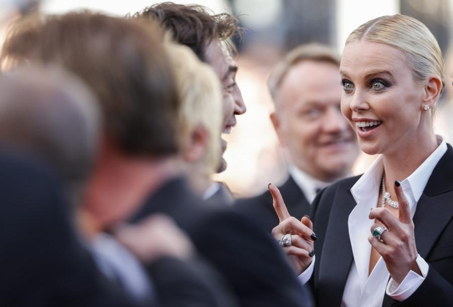 "Zaskoczona? Charlize Theron na premierze filmu ""The Last Face"""
