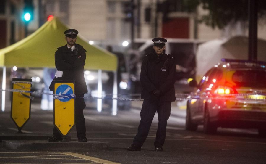 Londyńska policja na miejscu ataku nożownika