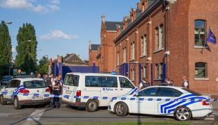 Charleroi: Miejsce, w którym napastnik z maczetą zaatakował policjantki